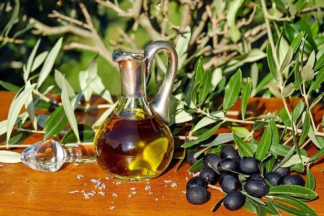 Varíme zdravo: olivový olej verzus kokosový tuk