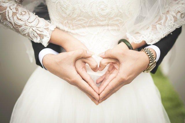 Častá dilema svadobčanov: Ako a koho pozvať na svadbu?